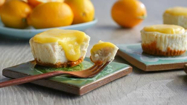 Mini lemon cheesecakes.JPG